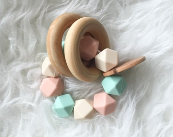 Wooden Teether Natural Toys Organic Toys Baby Teether Baby Toys Beautiful Toys Wooden Toy Wooden Rattle Baby Rattle Silicone Teether