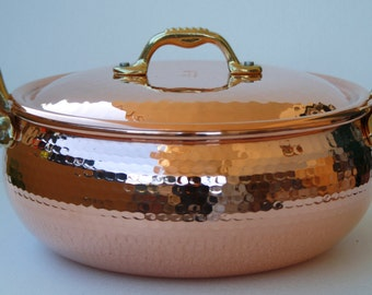 Dutch oven/pot copper craft Media. Handmade. 24 cm. H 11.5. 4.9 l