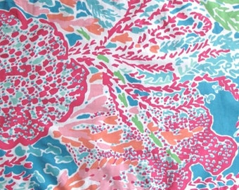 Customize My Applique with this Lilly Pulitzer Print / Let's Cha Cha and Coordinating Threads