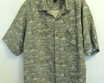 A Men's Vintage 90's,Short Sleeve 100% SILK Camp Shirt By CLAIBORNE.XL.