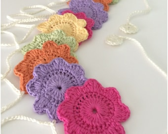 Crochet Flower Bunting/ Garland With 10 Pretty Flowers,Home Decoration, Wedding Decoration,Party Decoration Party Bunting,Garden Party.