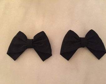 Vintage pair of black bow shoe clips