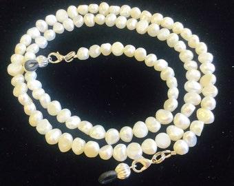 White Pearl Eyeglass Chain