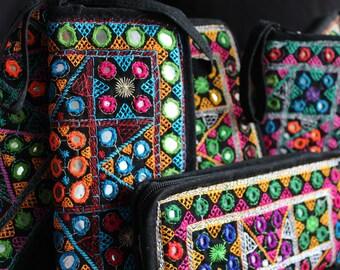 portfolio ethnic gypsy banjara pouch boho purse wallet Indian vintage vintage kuchi azulcasinegro afghan