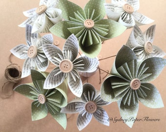 Paper flowers bouquet - book pages&green/Kusudama/Wedding flowers/Bridal bouquet/Anniversary gift/Engagement/Rustic wedding/Shabby chic deco