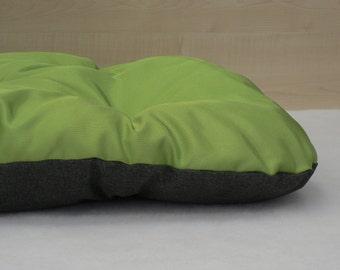Waterproof Dog bed, green + gray