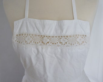 Vintage 1980s Handmade White Cotton Victorian Style Pinafore Apron, Decorative Crochet Detail Front And Long Cotton Ribbon Tie Back One Size