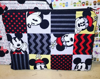 Minnie and mickey vintagey print zipper pouch