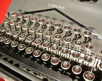 40's Corona - Smith USA Portable Typewriter