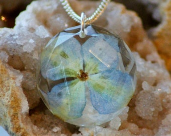 REAL FLOWER NECKLACE - Transparent Resin Jewelry With Real Flowers