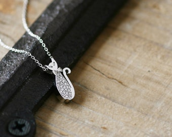 Dainty Cat Necklace 925 Sterling Silver Pet Jewelry Kitty Charm Cat Silhouette Pendant Jewelry