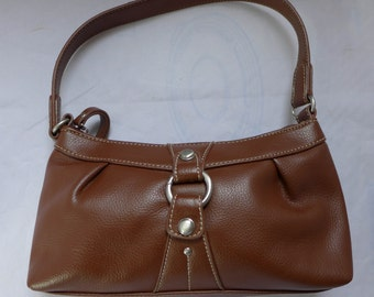 Nine West faux Brown Leather Purse 10 x 5 x 3 Soft Sides Excellent