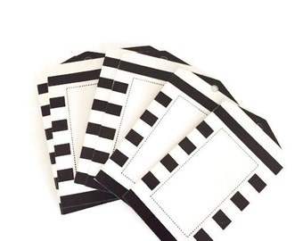 Black & White Stripe Pointed Gift Tags