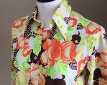 70s Ladies Disco Shirt! Polyester Disco Shirt. Floral Print. Pointed Collar. Hawaiian Disco Shirt. Classic Ladies 70s Clothing!