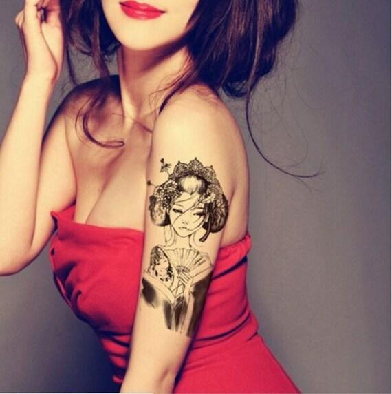 schamlippen tattoo ts ladys