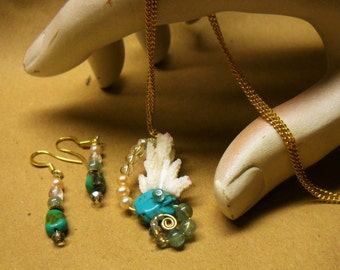 A Mermaid's Delight Necklace/Earring Set