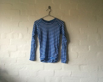 blue and white stripe long sleeve tee