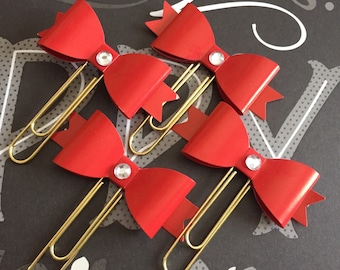 Med Red Blinged Paperclip