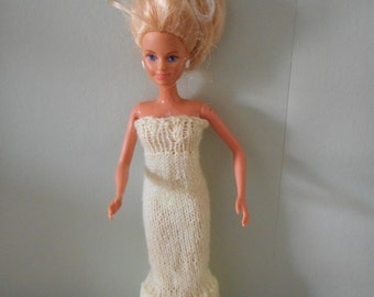 Doll's strapless evening gown