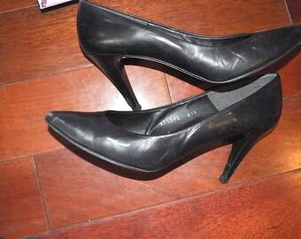 Vintage 1980s Care Caressa Black Leather Pumps Womens 7 1/2