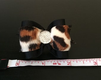 Black and fur dog bow