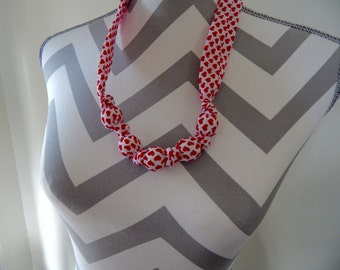 Fabric Teething Necklace - Red Hearts, Breastfeeding Necklace, Nursing Necklace