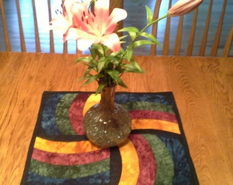 Swirling Quilted Table Topper