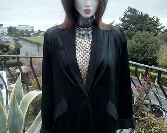 Vintage Ladies Satin drape jacket 1970's