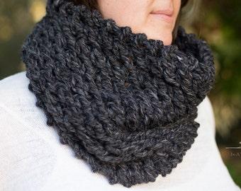 Black Scarf, Black Lace Cowl, Chunky Infinity Scarf, Handmade Scarf, Circle Scarf, Black Lace Scarf, Chunky Knits, Warm Scarf, Knit Crochet