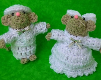 April Birthstone (Diamond) Crochet Mouse pair - boy and girl; Birthday party decor, Package accent, Party Favors, Birthday/Birthstone gift
