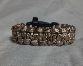Brown camo paracord / survival bracelet, with whistle.