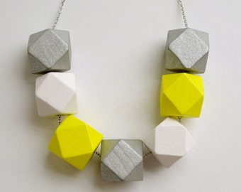 Geometric wooden necklace - Pop of colour - Yellow