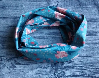 Infinity scarf - Floral blue