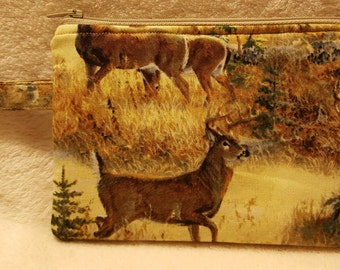 Deer Themed Zippered Pouch