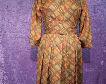On Sale Vintage Early 1960s Day Dress in Fall Colors
