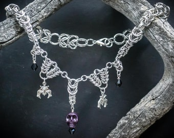 Skull Chainmaille, Bat Chainmaille, Chainmaille Necklace, Unique Jewelry, Chainmaille Jewelry,