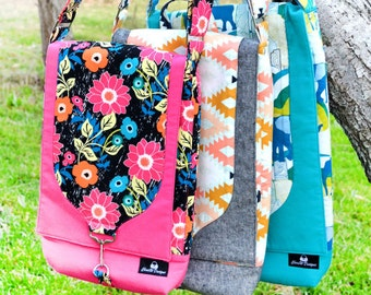 Laptop and iPad Bag Pattern PDF  -3 Sizes in one pattern! for ipad and laptop combo bag. The Gizmo Garage by ChrisW Designs