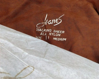 Hanes Walking Sheer All Nylon Size 11 Medium/ New Old Stock 1 Pair Barely There (f)/Reinforced Toe And Heel