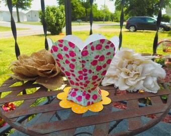Super Cute Cupcake Holder/Treat Container/Birthday/Wedding