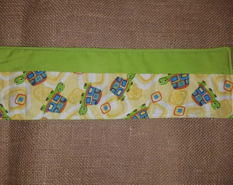 Green-Turtle-Crayon Roll-16 Count