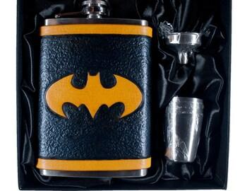 The Dark Knight / Batman Flask Set