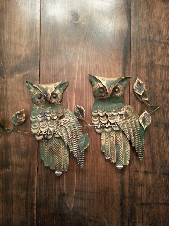 Vintage owl wall decor : Vintage owl decor green tin metal retro
