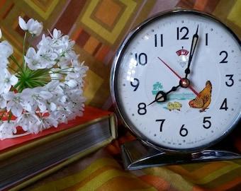 Alarm Clock, Vintage Alarm, Desk Clock, Table Clock, Farm Motifs, Chickens, 1960s Clocks