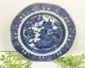 19th Century Chinese  Export Canton Willow Pattern Plate Old