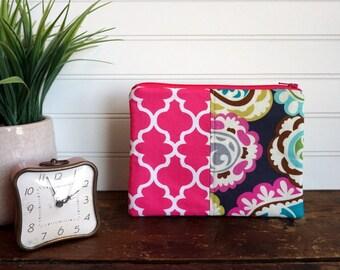 Medium Flat Make Up Bag, Zipper Pouch, Travel Bag, Pink Quatrefoil and Pink, Aqua, Grey Paisley