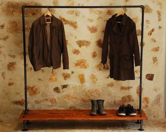 Etag re porte chaussure ou pr sentoir industrielle vintage en - Portant vetement suspendu ...