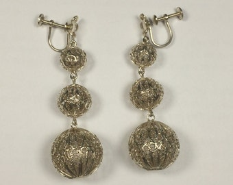 Vtg Graduating Filigree Orbs Dangle Screw Back Earrings 8.8g 5965