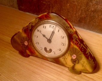 French travel clock