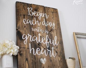 Grateful Heart Wood Sign