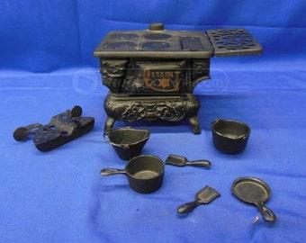 Vintage Crescent Cast Iron Stove Sampler
